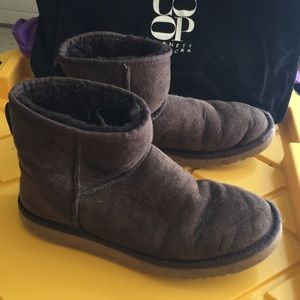 Vintage Mini UGG Boots Brown Suede 8
